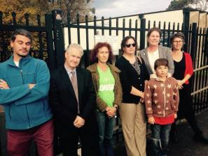 Highlighting the schools maintenance cost blowout under the Liberals at Katoomba High School with Trish Doyle MP and local families.