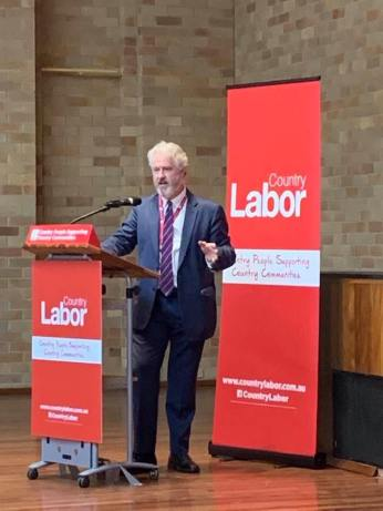Speaking at NSW Country Labor Conference, 2020.