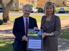 In Tweed with Justine Elliot MP, launching a petition to stop the Berejiklian Government's pay cut for public sector workers.